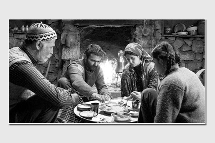 """BİR ÖYKÜ, BİR FİLM: """"HAVVA"""" VE KIZ KARDEŞLER"""